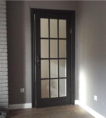 Двери с английской решеткой домодедово,стильные двери домодедово